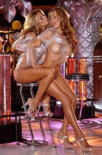 Сексуальная Блондинка Танцевала Модный Стриптиз Для Своего Парня, А Потом Он Классно Ее От Трахал Смотреть